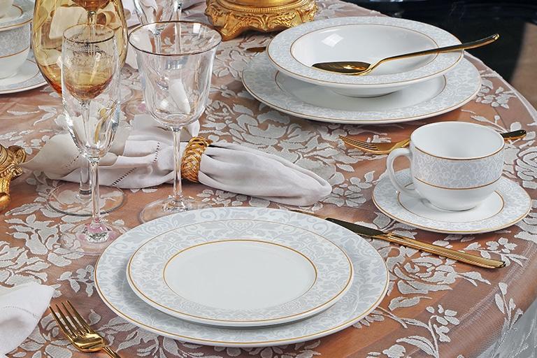 mesa-posta-para-o-dia-das-mães-celebre-essa-data-com-amor-e-elegância-3