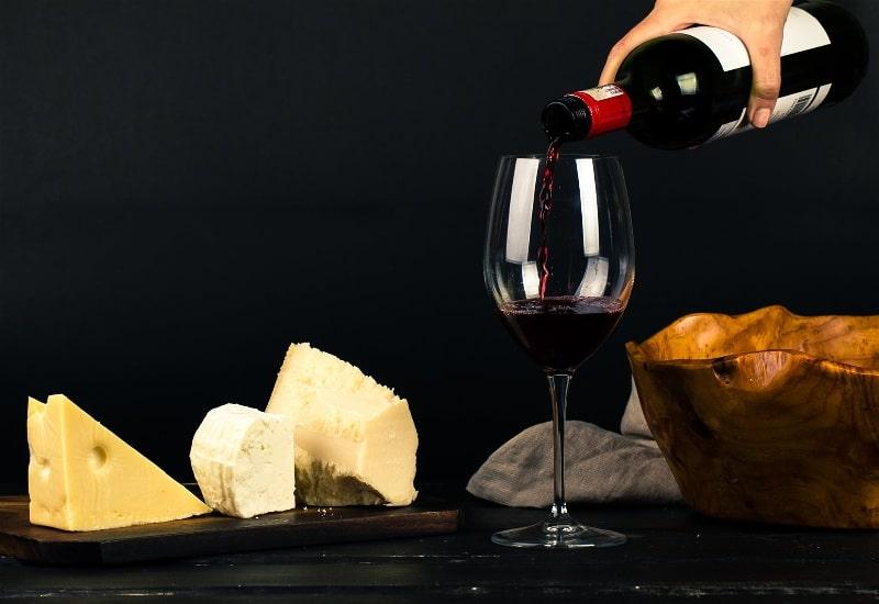 vinho com queijo